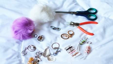 Направи си сам аксесоар за чанта или ключодържател - помпон
